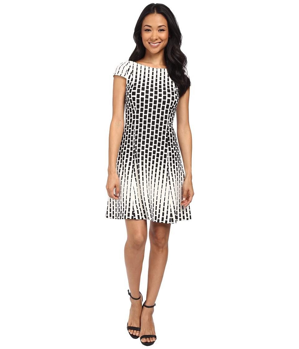 Tahari by ASL Petite - Petite Ponte Fit and Flare Geo Print Dress (Ivory/Black) Women