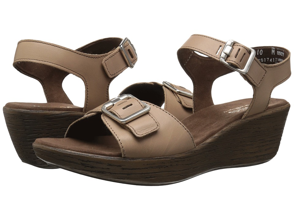 Munro - Marci (Mocha Leather) Women