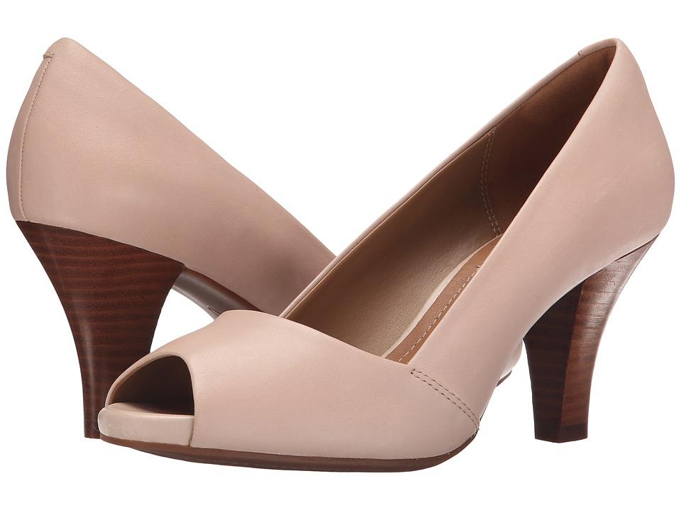 Clarks Florine Kona (Nude Pink Leather) Women