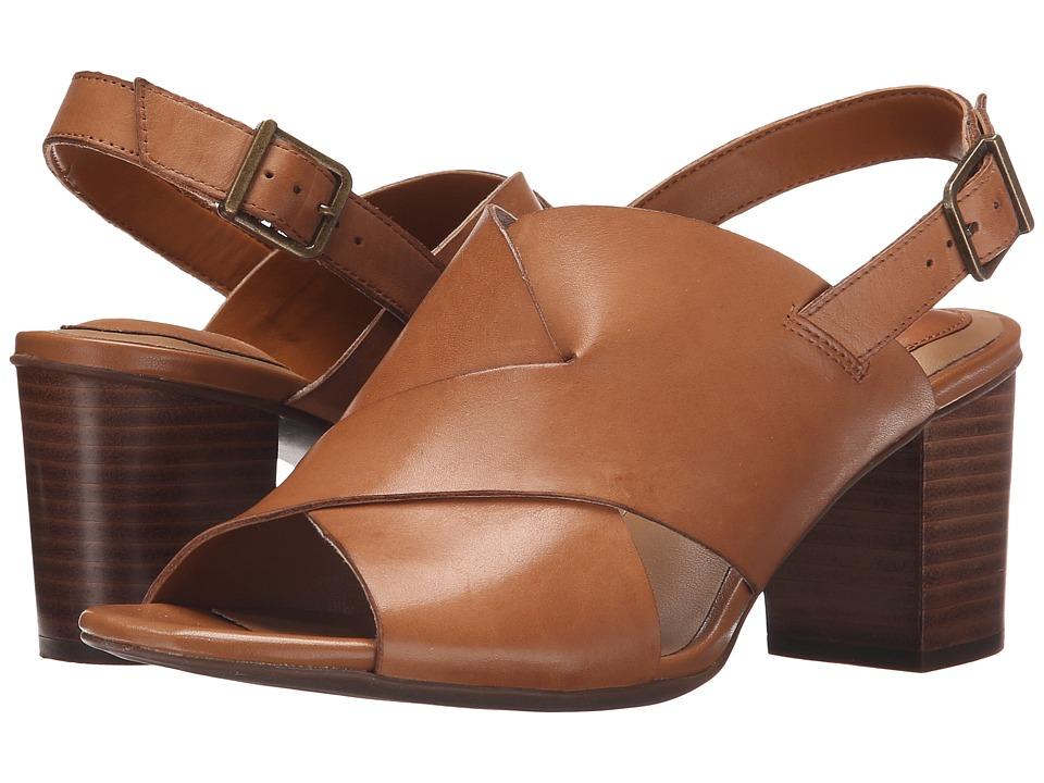 Clarks - Ralene Vive (Tan Leather) High Heels