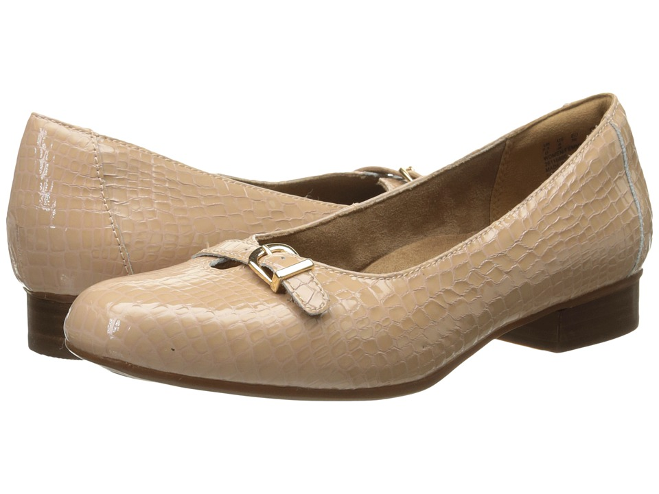 Clarks - Keesha Raine (Nude Croc Patent Leather) Women's Shoes