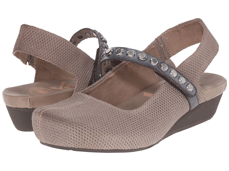 OTBT - Traveler (Stone) Women's Shoes