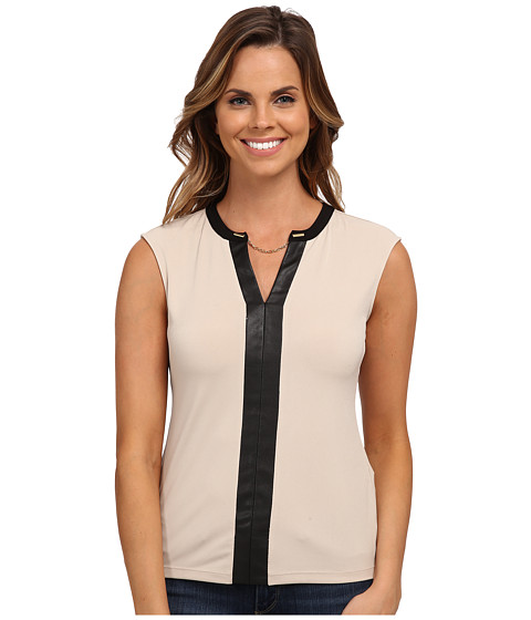 Calvin Klein - Short Sleeve V-Neck Chain Top (Latte) Women's Blouse