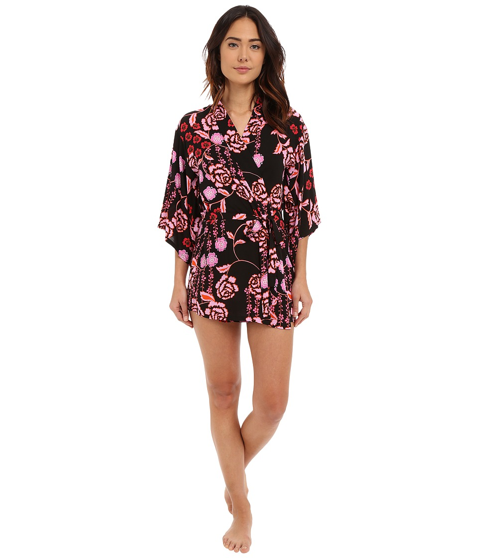 Josie - Lovely Roses Wrap (Lovely Roses Black/Pink) Women's Robe