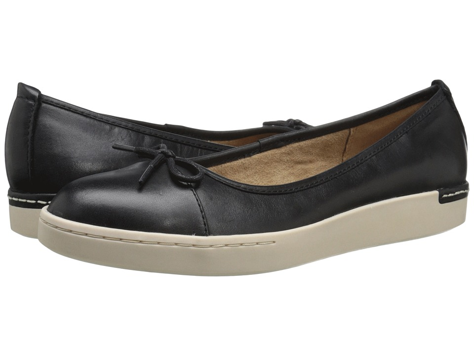 Clarks - Cordella Alto (Black Leather) Women's Slip on Shoes