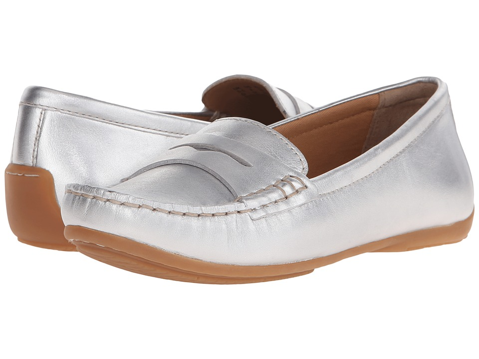Clarks - Doraville Nest (Silver Leather) Women's Slip on Shoes