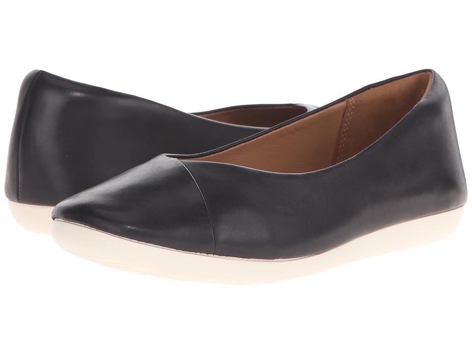 Clarks - Feature Fest (Black Leather) Women's Flat Shoes