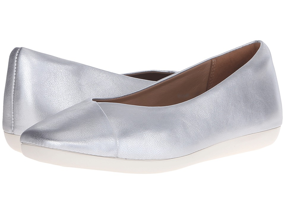 Clarks - Feature Fest (Silver Leather) Women's Flat Shoes