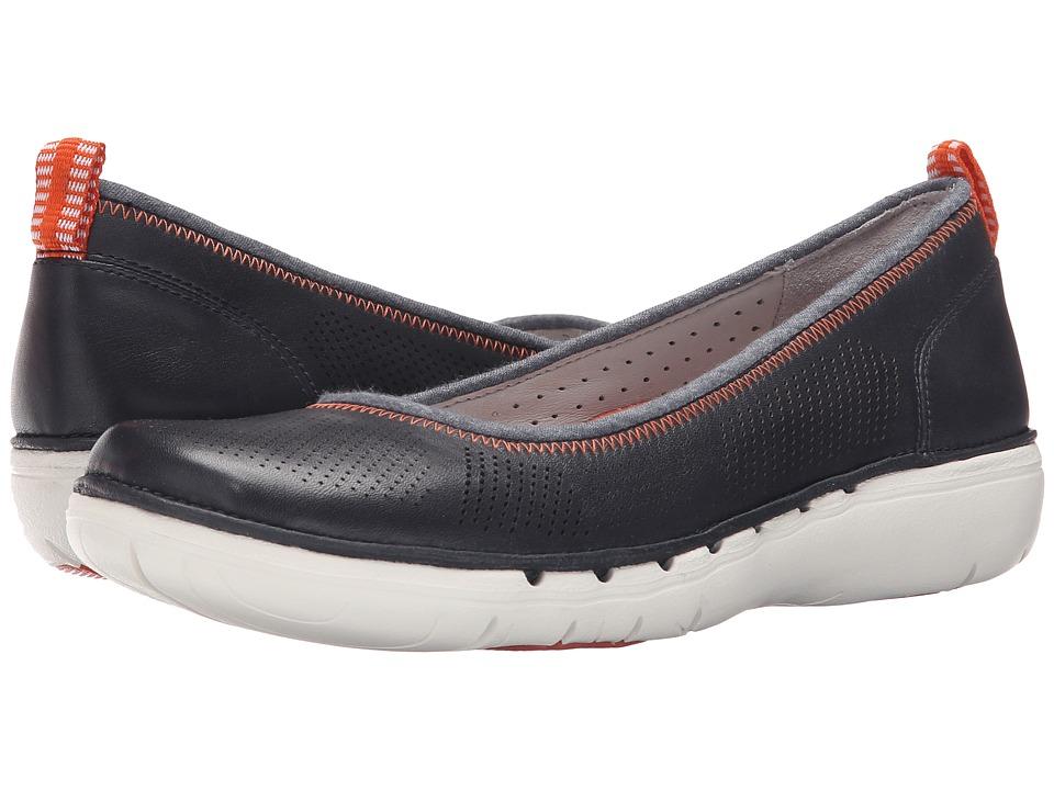 Clarks - Un Elita (Navy Leather) Women's Wedge Shoes