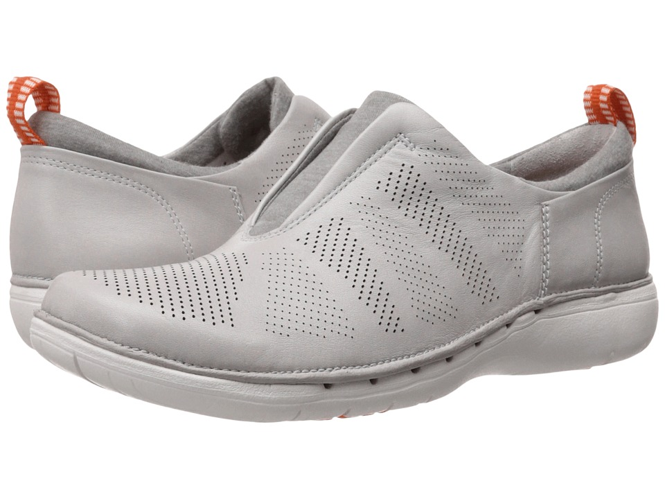Clarks - Un Spirit (Light Grey Leather) Women's Slip on Shoes