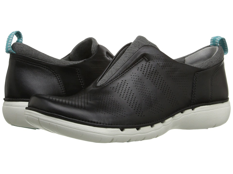 Clarks - Un Spirit (Black Leather) Women's Slip on Shoes