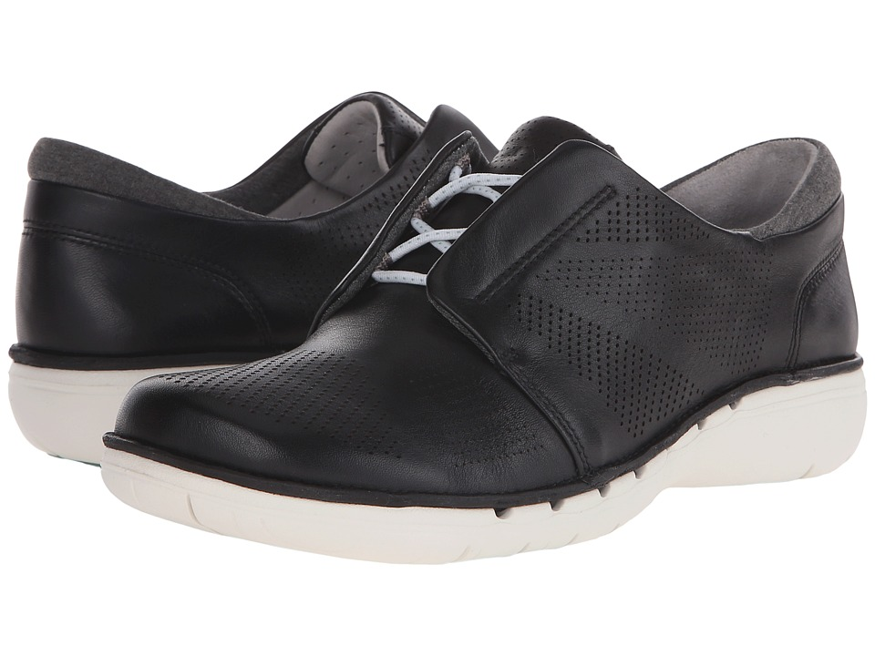 Clarks - Un Voltra (Black Leather) Women's Shoes