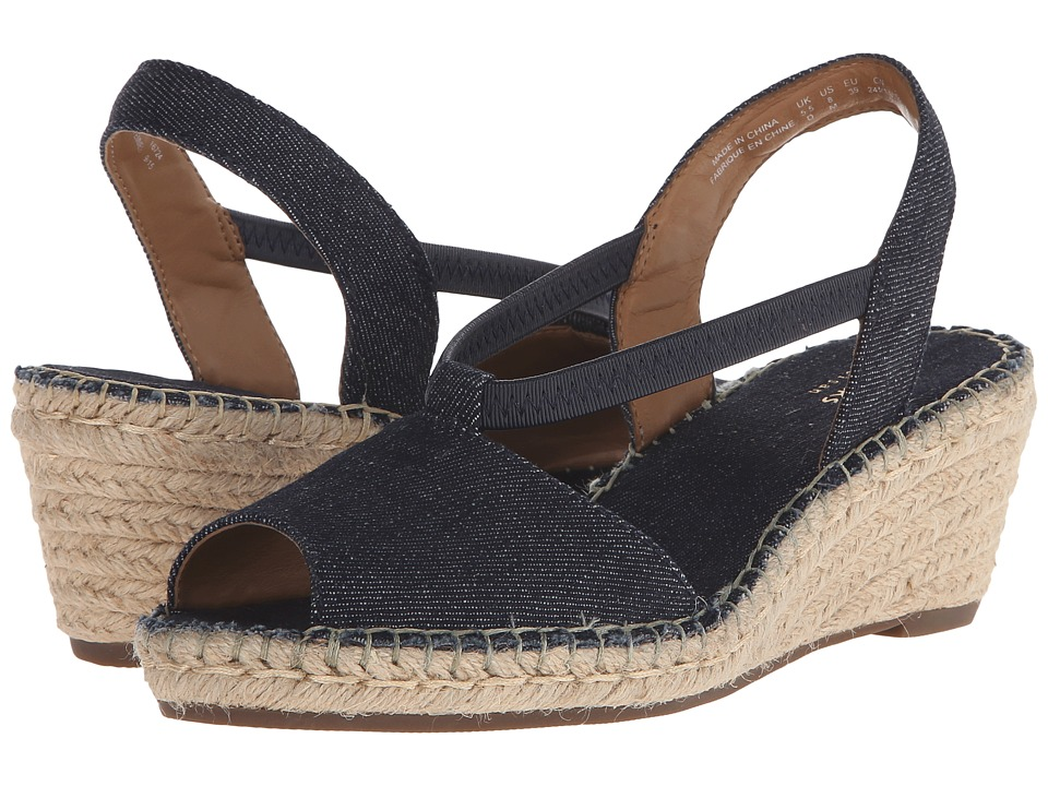 Clarks - Petrina Lulu (Dark Denim Blue Fabric) Women's Wedge Shoes