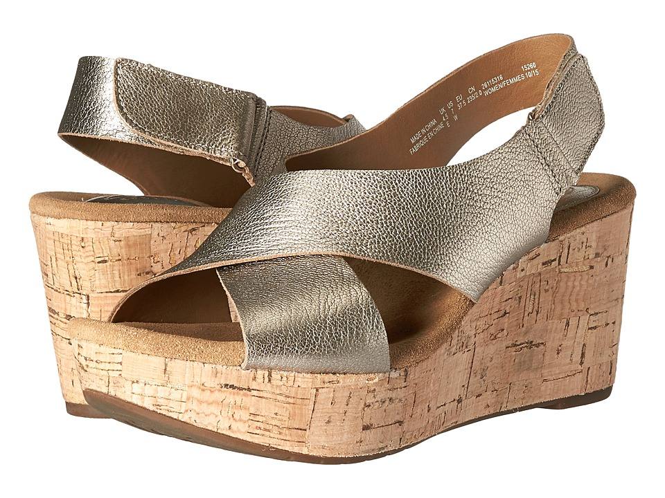 Clarks Caslynn Shae (Gold Metallic Leather) Women