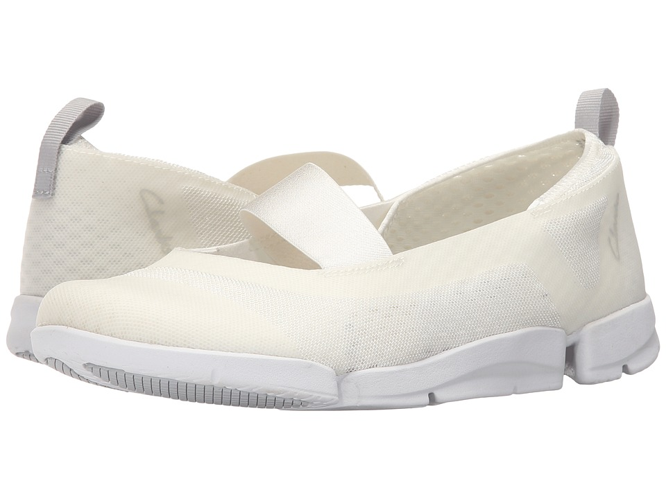 Clarks - Tri Skipp (White Synthetic) Women