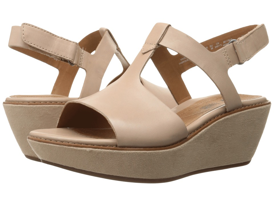 Clarks - Hazelle Amore (Nude Leather) Women's Wedge Shoes