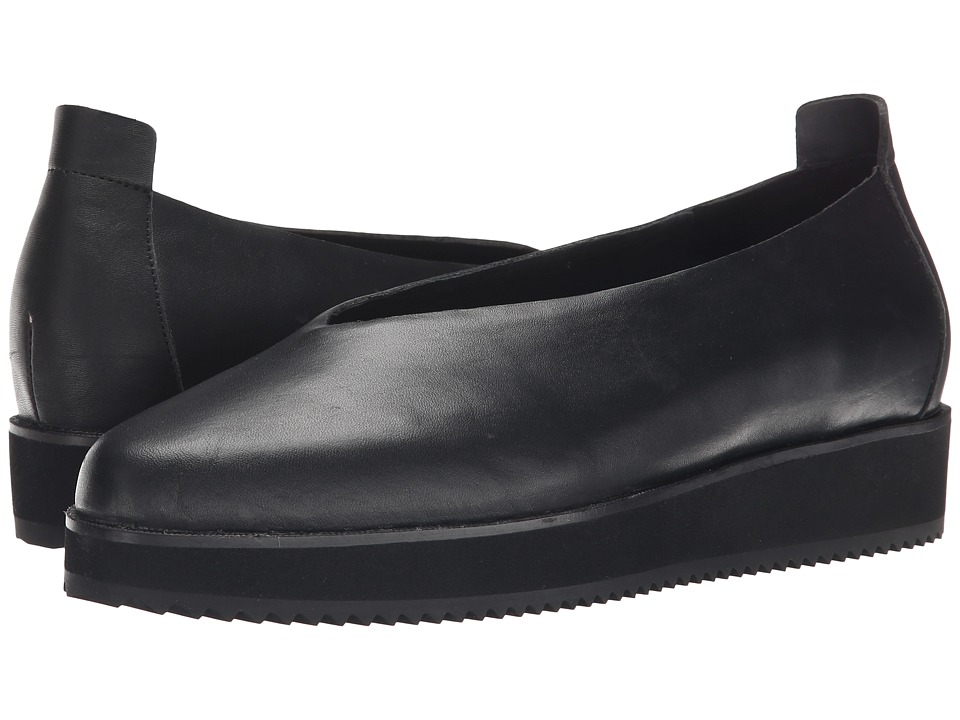 Eileen Fisher - Canoe (Black Leather) Women's Slip on Shoes