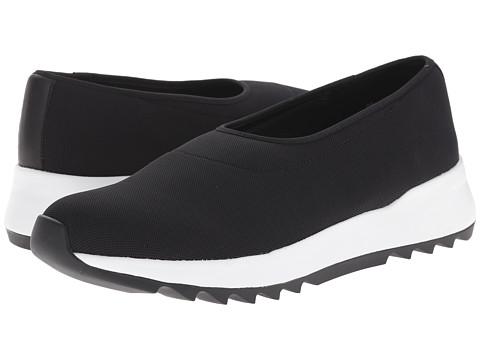 Eileen Fisher - Hug (Black Stretch Mesh) Women's Slip on Shoes