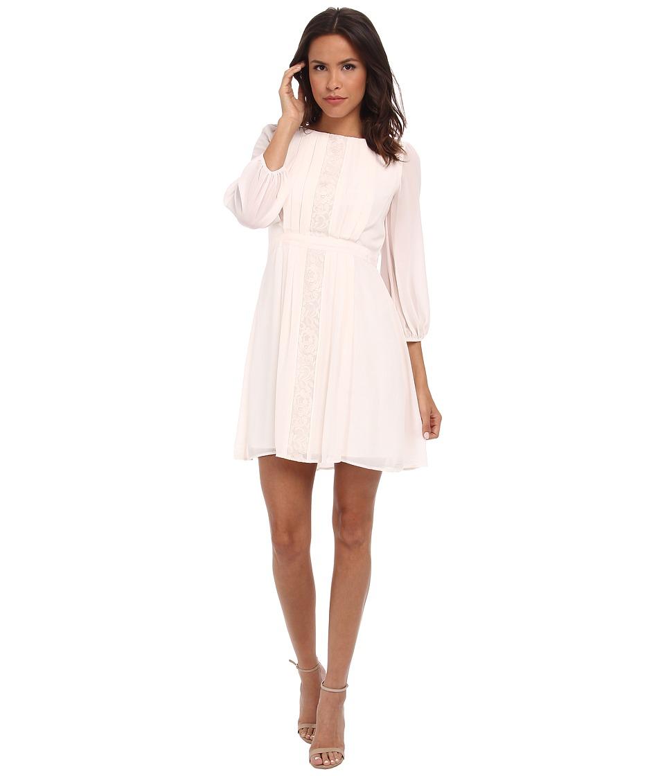 Jessica Simpson 3/4 Sleeve Chiffon Dress (Cream) Women