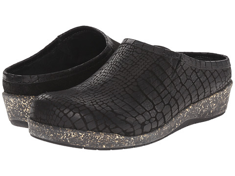 Walking Cradles - Alex (Black Croc) Women's Shoes