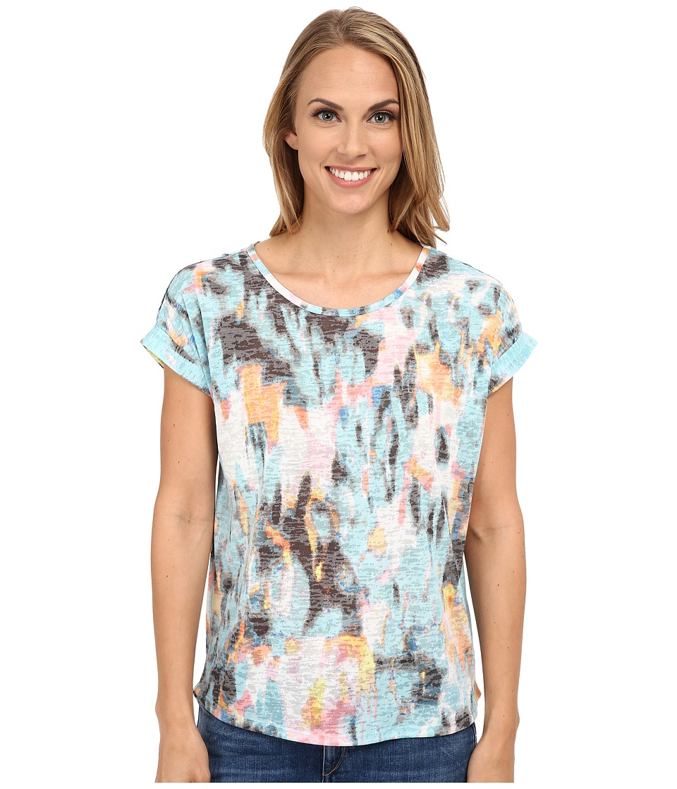 TWO by Vince Camuto - Roll Sleeve Blurry Dreamland Graphic Tee (Chalk Blue) Women