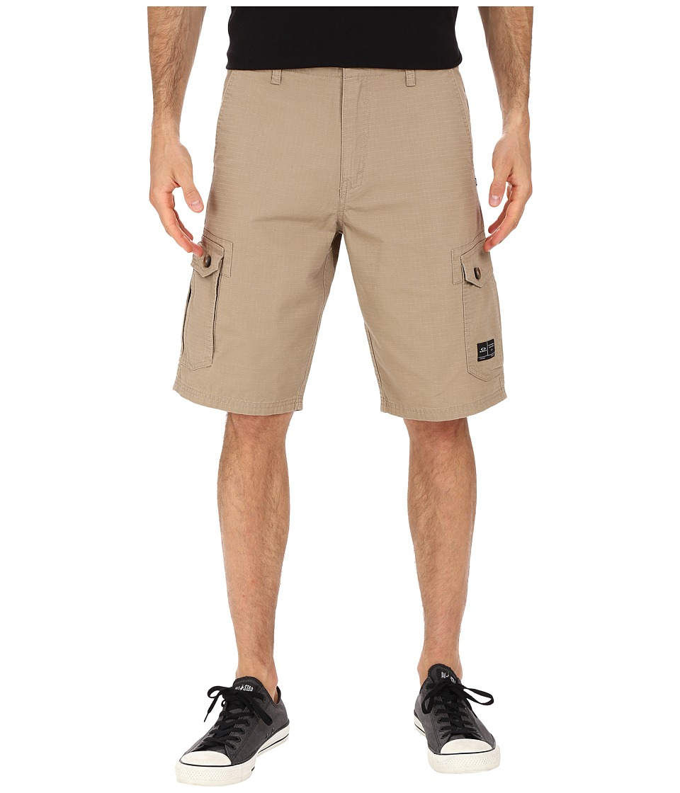 Oakley - Foundation Cargo Shorts (New Khaki Dark Heather) Men's Shorts