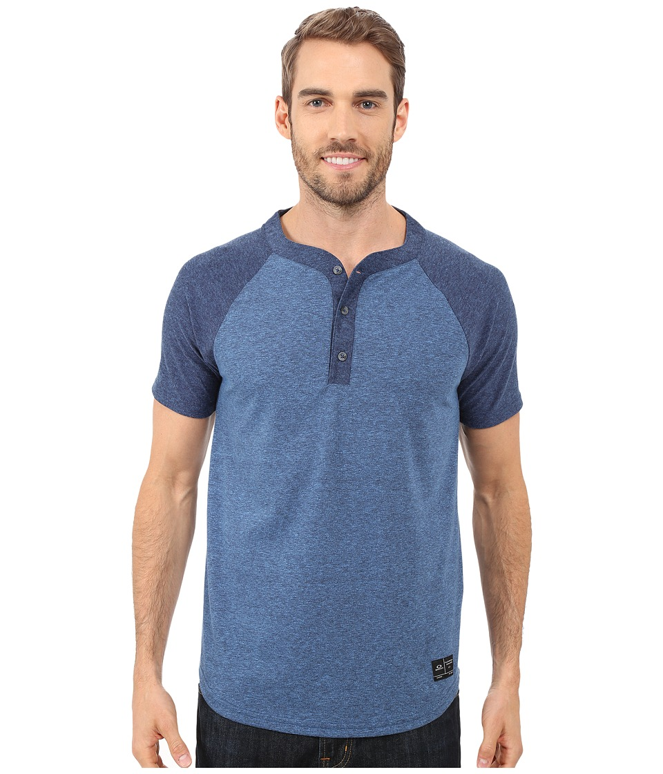 Oakley - Ramped Henley (Peacoat Light Heather) Men's Short Sleeve Pullover