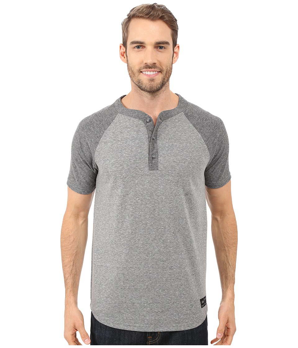 Oakley - Ramped Henley (Athletic Heather Grey) Men's Short Sleeve Pullover