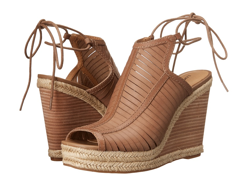 Lucky Brand Laceey Wedge (Sesame) Women