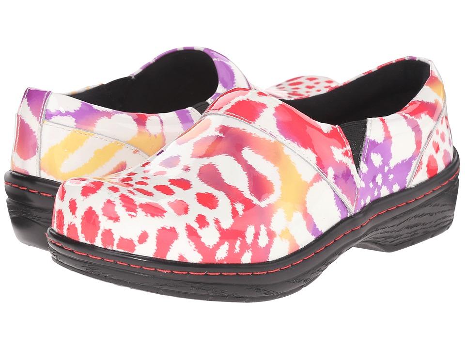 Klogs Footwear Mission (Tigerberry) Women