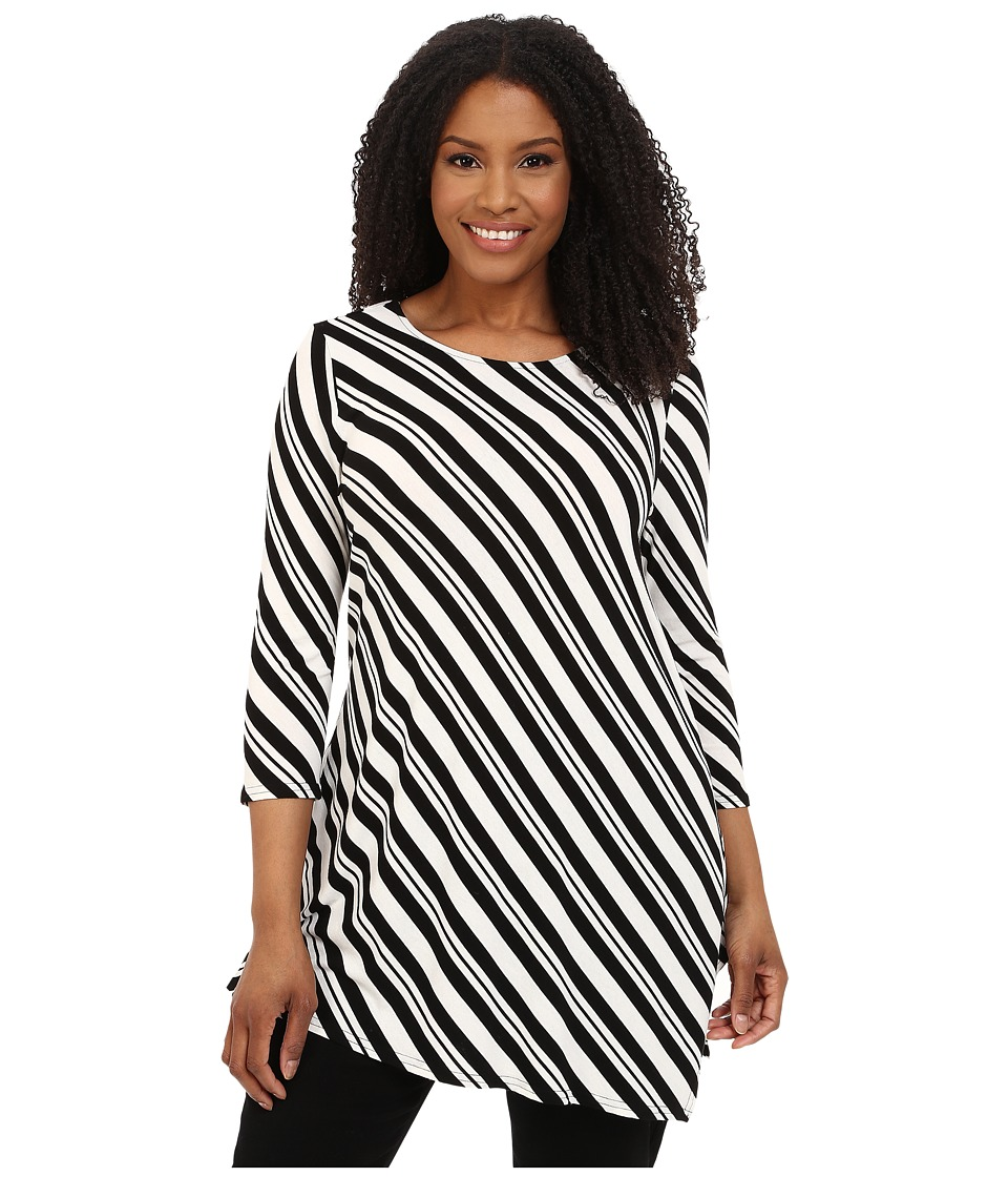 Vince Camuto Plus - Plus Size 3/4 Sleeve Arrow Stripe Asymmetrical Hem Top (Rich Black) Women's Blouse