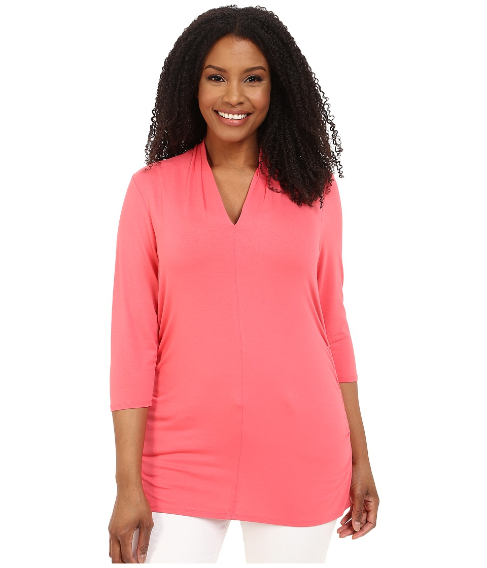 Vince Camuto Plus - Plus Size 3/4 Sleeve Pleat V-Neck Top (Coral Sugar) Women's Blouse