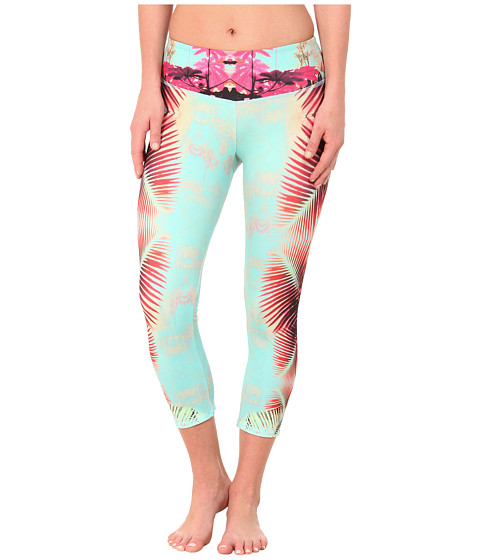 Onzie - Fiji Graphic Capri Pants (Fiji) Women