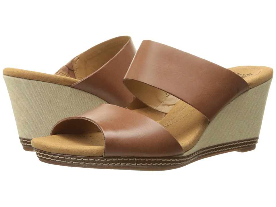 Clarks - Helio Lilly (Tan) Women