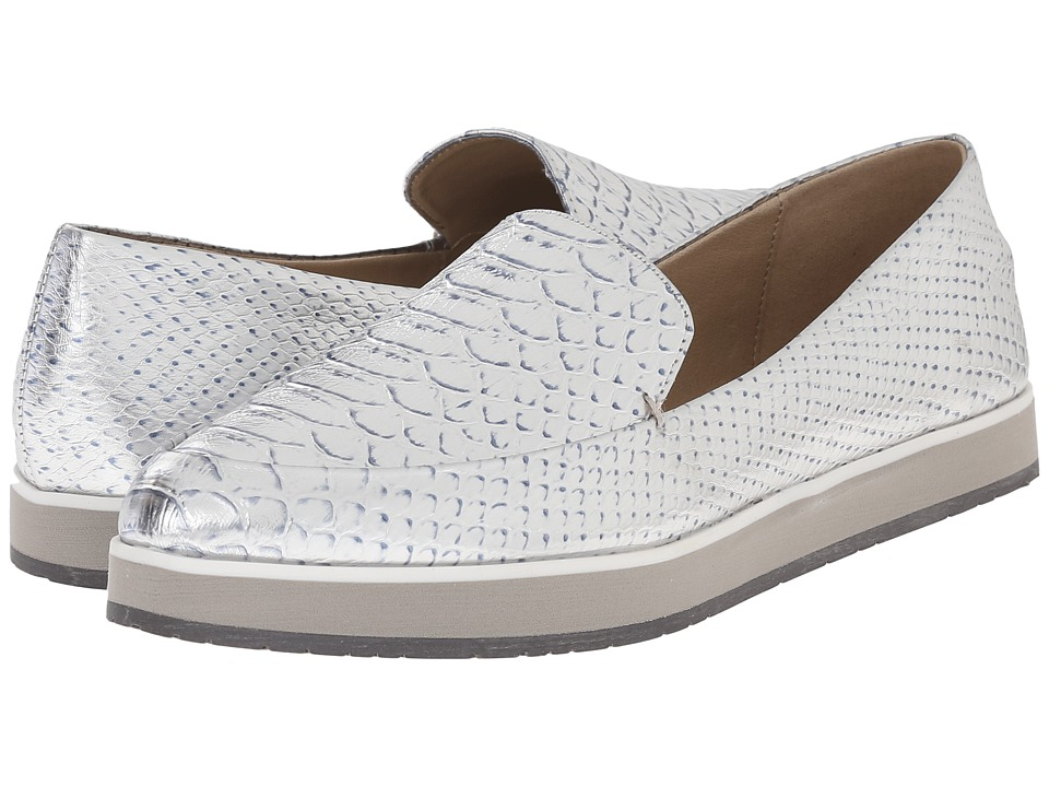Kenneth Cole Reaction - Passport (Silver) Women's Slip on Shoes