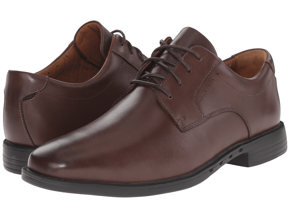 Clarks - Un.Bizley Plain (Dark Brown Leather) Men's Lace Up Wing Tip Shoes