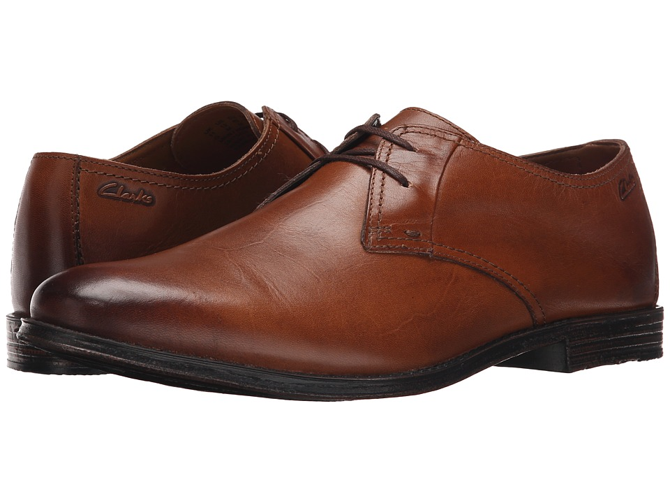 Clarks - Hawkley Walk (Tan Leather) Men's Lace Up Wing Tip Shoes