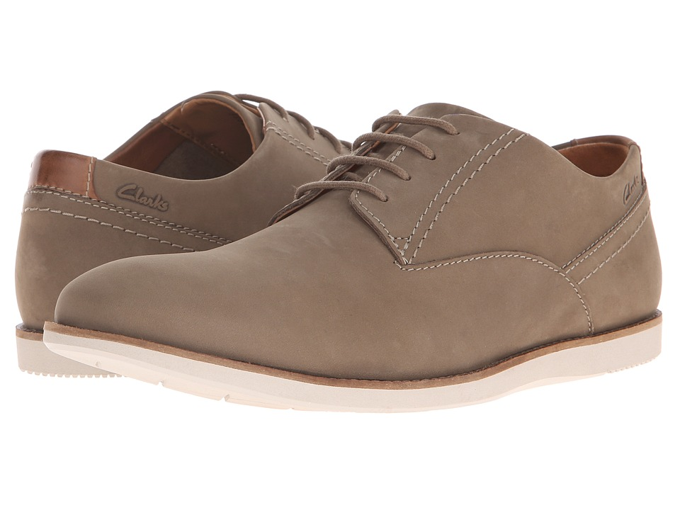 Clarks - Franson Plain (Olive Nubuck) Men's Lace Up Wing Tip Shoes