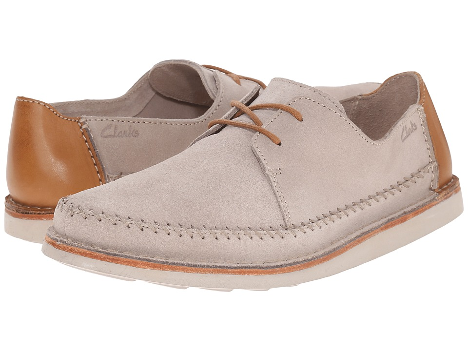 Clarks - Brinton Craft (Sand Suede) Men's Slip on Shoes