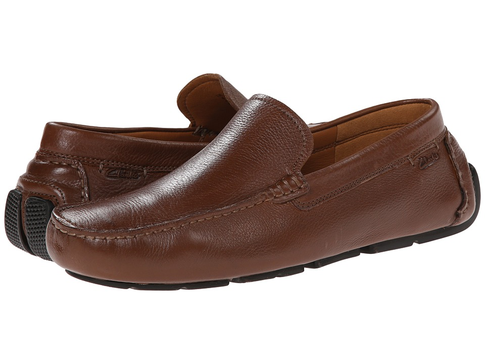Clarks - Davont Drive (Tan Tumbled) Men's Slip on Shoes
