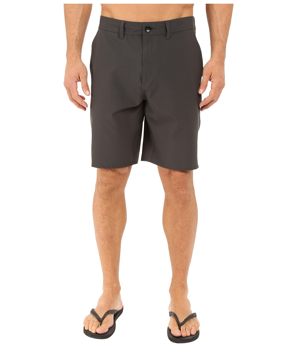 Vans - Bedford Decksider (Pirate Black) Men's Shorts