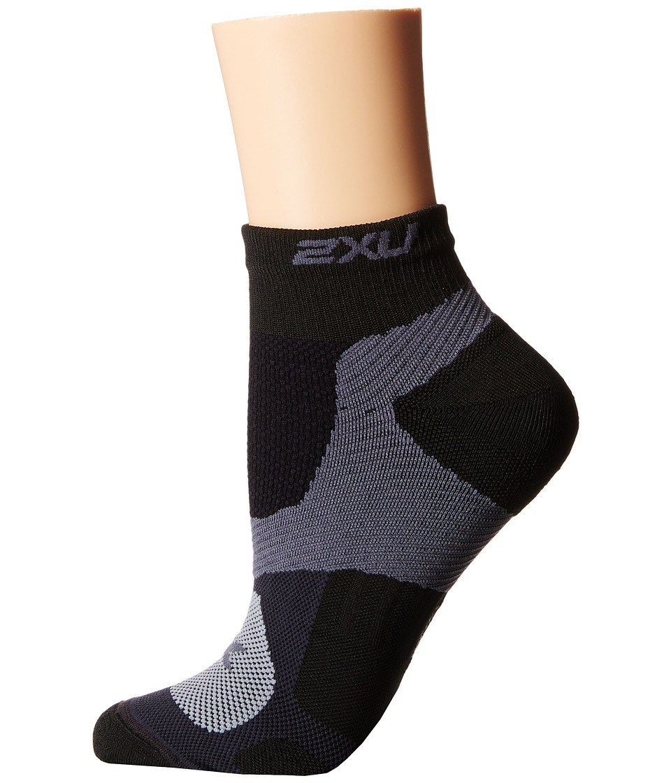 2XU - Training VECTR Sock (Black/Black) Women's Crew Cut Socks Shoes