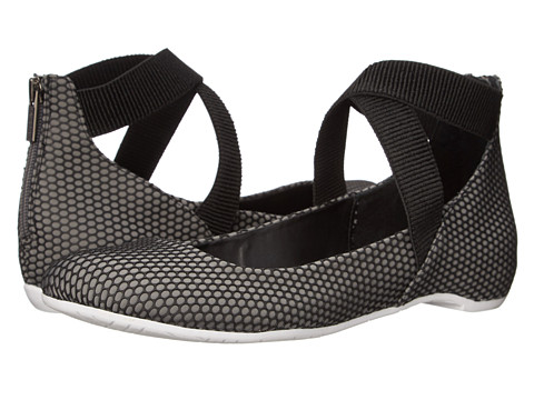 Kenneth Cole Reaction - Pro-Time (Charcoal/Black) Women's Flat Shoes
