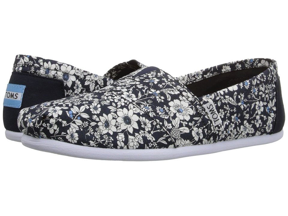 TOMS - Seasonal Classics (Navy Textile Floral) Women's Slip on Shoes