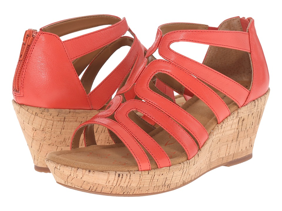 Comfortiva Redmond (Coral Goat Leather Pull Up) Women
