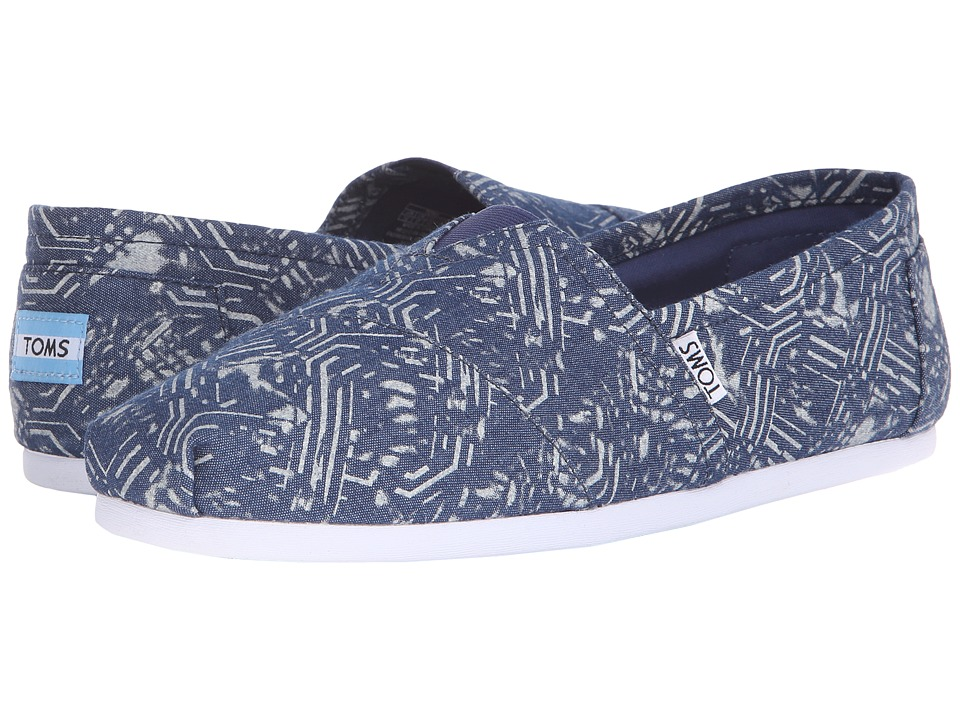 TOMS - Seasonal Classics (Blue Batik Textile) Men's Slip on Shoes