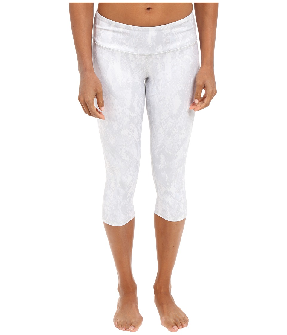 ALO - Airbrushed Capri (Vapor Python) Women's Workout