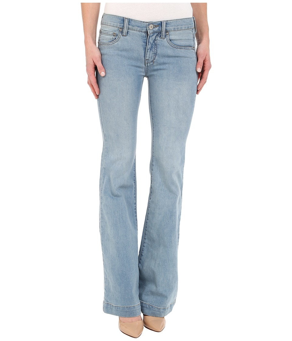 Free People - Gummy Denim Clean Mid Rise Flare (Marlin) Women's Jeans