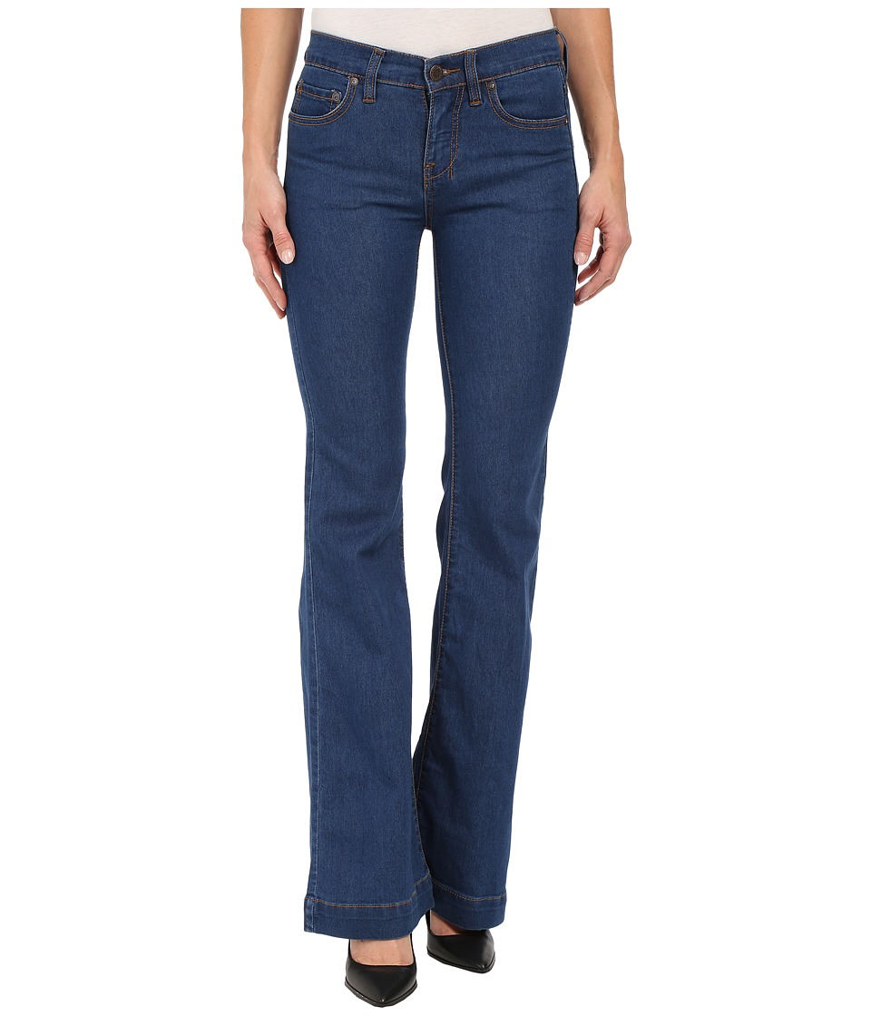 Free People - Gummy Denim Clean Mid Rise Flare (Dallas) Women's Jeans