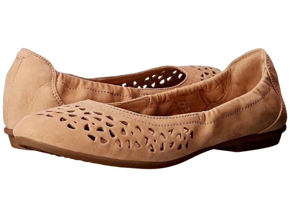 Earth - Breeze (Camel Soft Buck) Women's Shoes